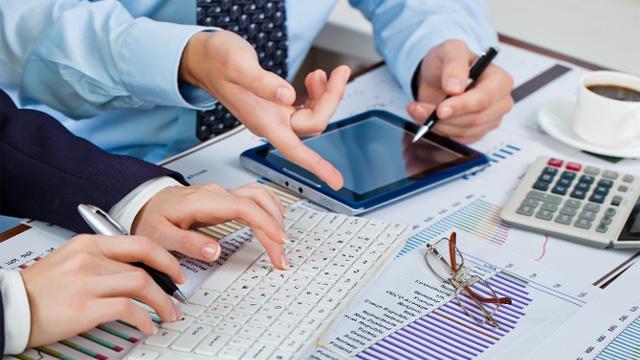 برنامه ریزی و مشاوره مالی= موفقیت در تجارت
