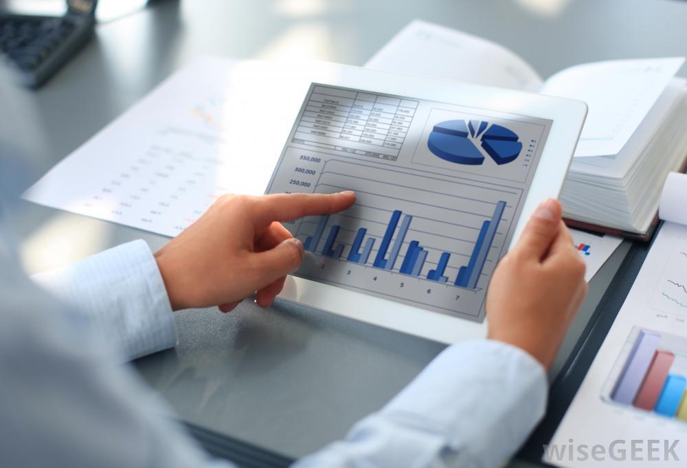 تجزیه و تحلیل اطلاعات و صورتهای مالی